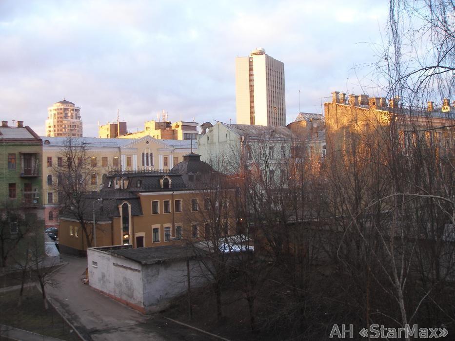 Продам квартиру Киев, Бульварно-Кудрявская ул. 5