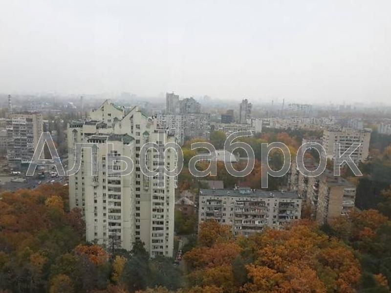 Продам квартиру Киев, Львовская ул. 2