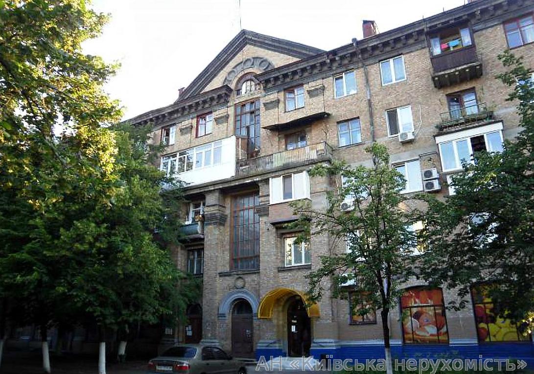 Продам квартиру Киев, Ильича ул. 4