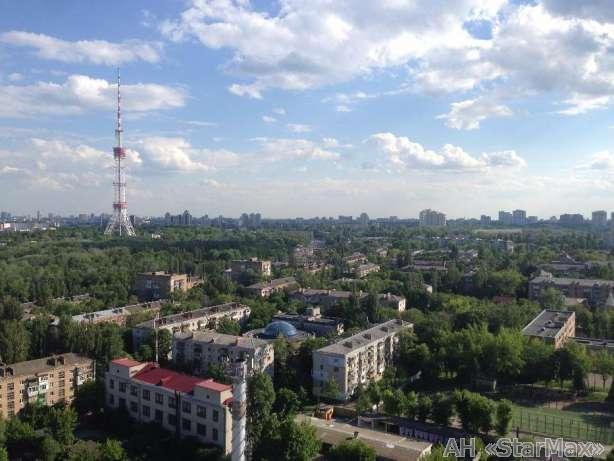 Фото 5 - Продам квартиру Киев, Бакинская ул.