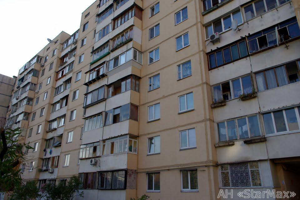 Продам квартиру Киев, Героев Днепра ул. 3