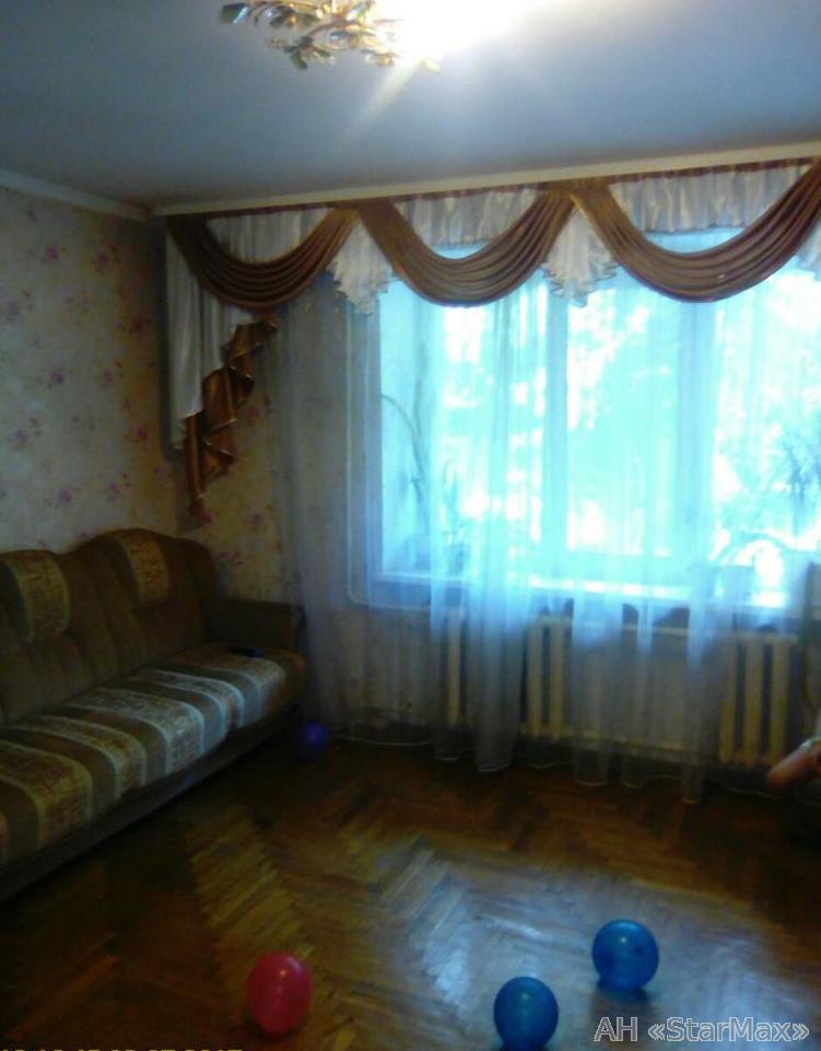 Фото 4 - Продам квартиру Киев, Симиренко ул.