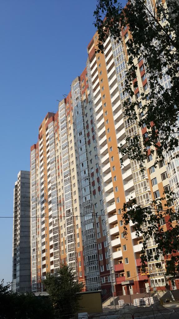 Фото 2 - Продам квартиру Киев, Гмыри Бориса ул.