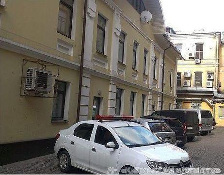 Продам офисное здание Киев, Златоустовская ул. 4