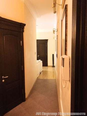 Продам квартиру Киев, Верхний Вал ул. 3
