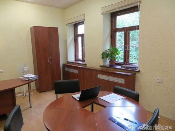 Продам офисное здание Киев, Обсерваторная ул.