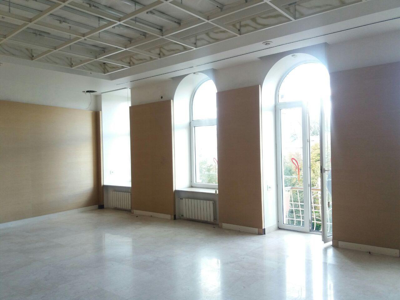 Продам офисное помещение Днепропетровск, Дмитрия Яворницкого пр. 5