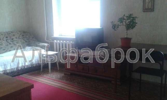 Продам квартиру Киев, Азербайджанская ул. 3