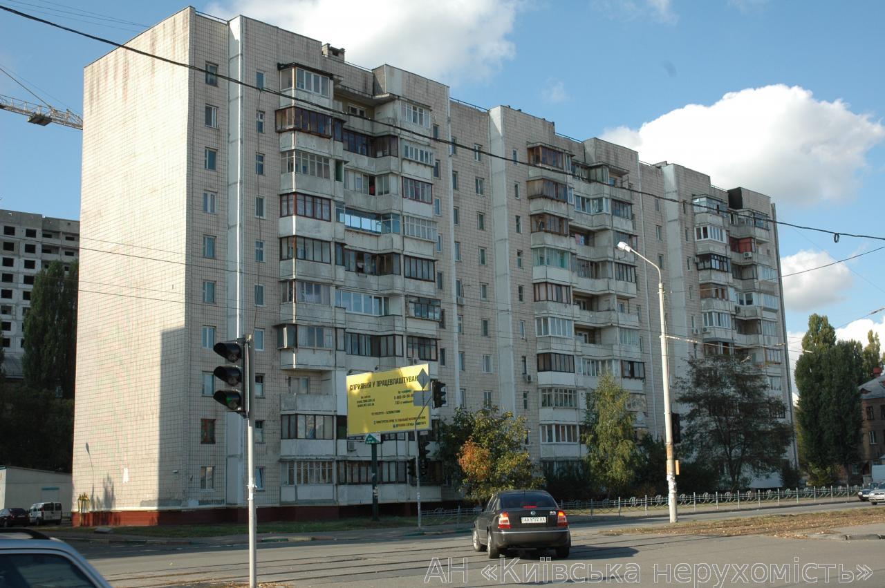 Фото 4 - Продам квартиру Киев, Автозаводская ул.