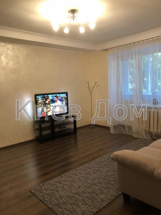 Сдам квартиру Киев, Леси Украинки бул. 3