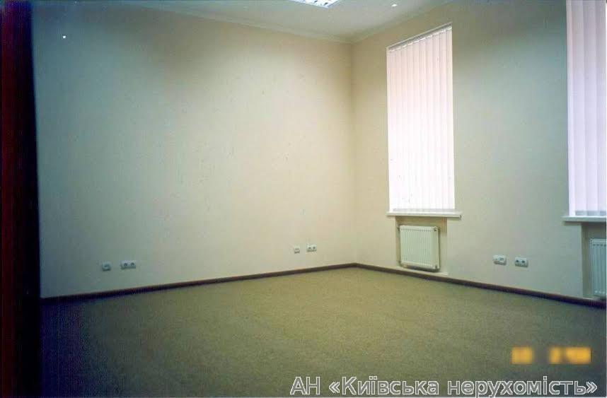 Сдам офис в многоквартирном доме Киев, Хмельницкого Богдана ул.