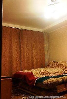 Продам квартиру Киев, Пражская ул. 4