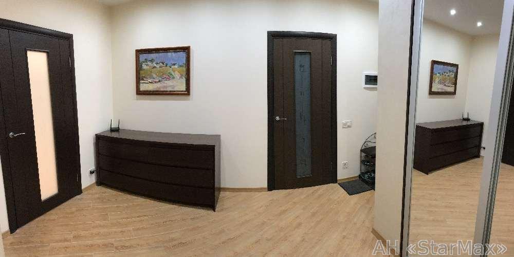 Продам квартиру Киев, Деловая ул. 5