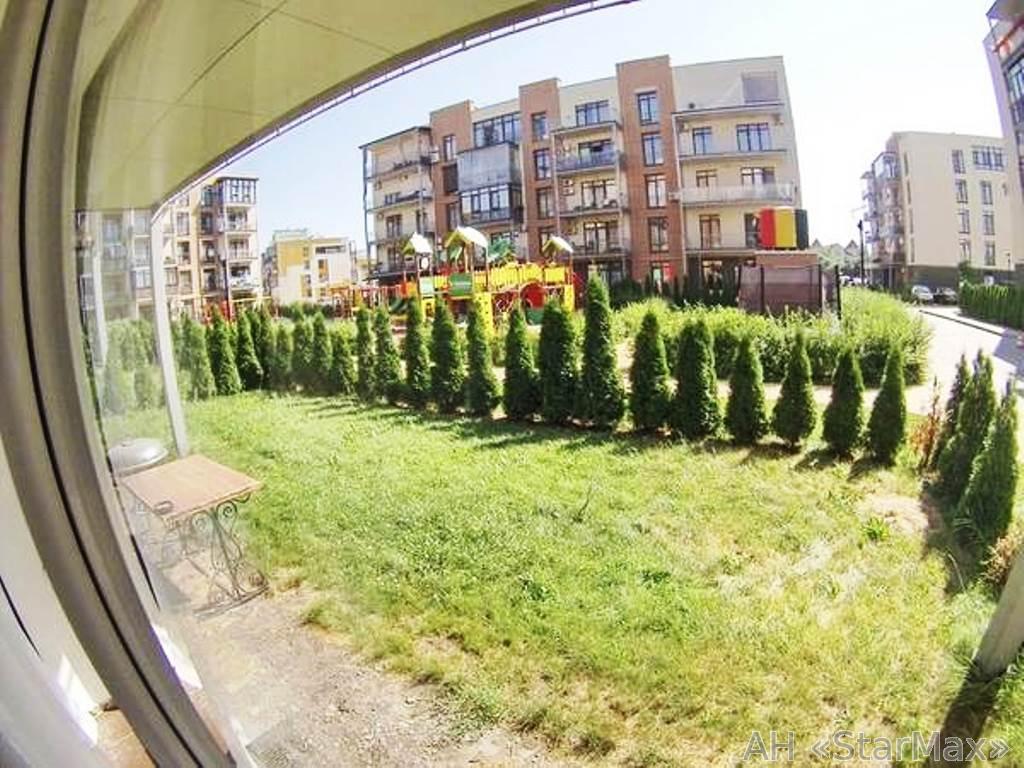Продам квартиру Киев, Замковецкая ул. 2