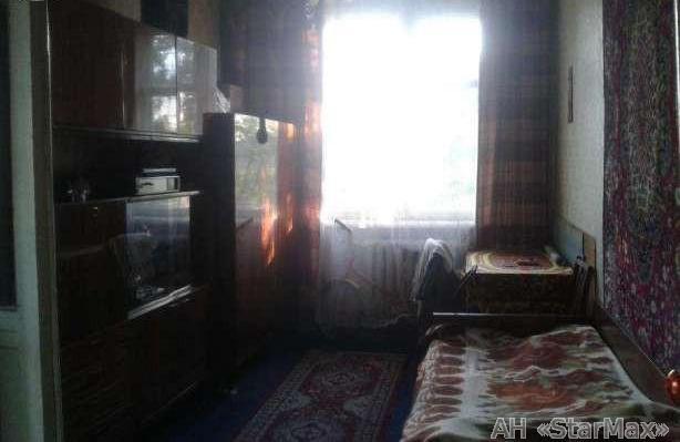 Продам квартиру Киев, Лагерная ул. 4
