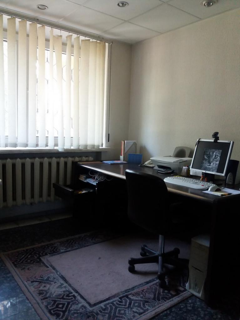 Продам офис в многоквартирном доме Днепропетровск, Запорожское шоссе
