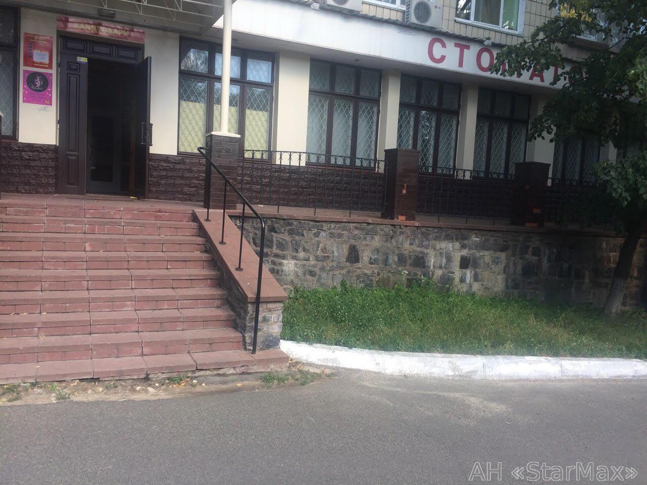 Сдам стомат-кабинет Киев, Нищинского Петра ул.