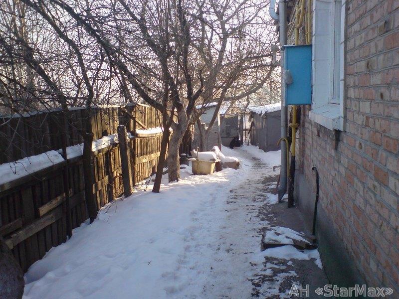 Продам участок под застройку жилой недвижимости Киев, Пролетарская ул. 3