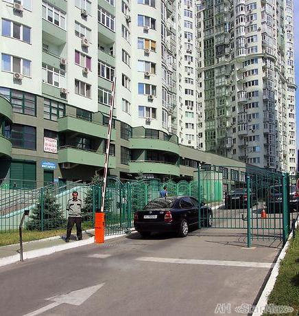 Продам квартиру Киев, Механизаторов ул. 5