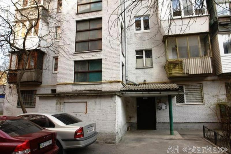 Продам квартиру Киев, Ластовского ул. 4