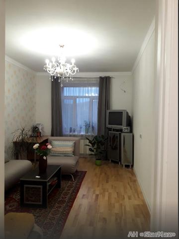 Продам квартиру Киев, Голосеевский пр-т 3