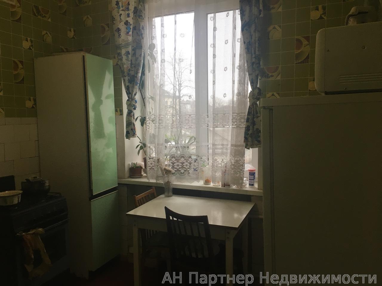 Сдам квартиру Киев, Новодарницкая ул.