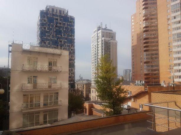 Продам офис в многоквартирном доме Киев, Барбюса Анри ул.