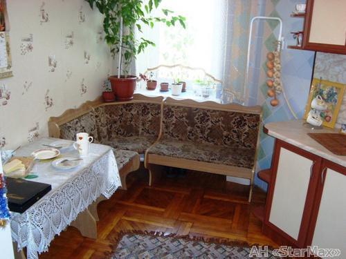 Продам квартиру Киев, Волошская ул. 5