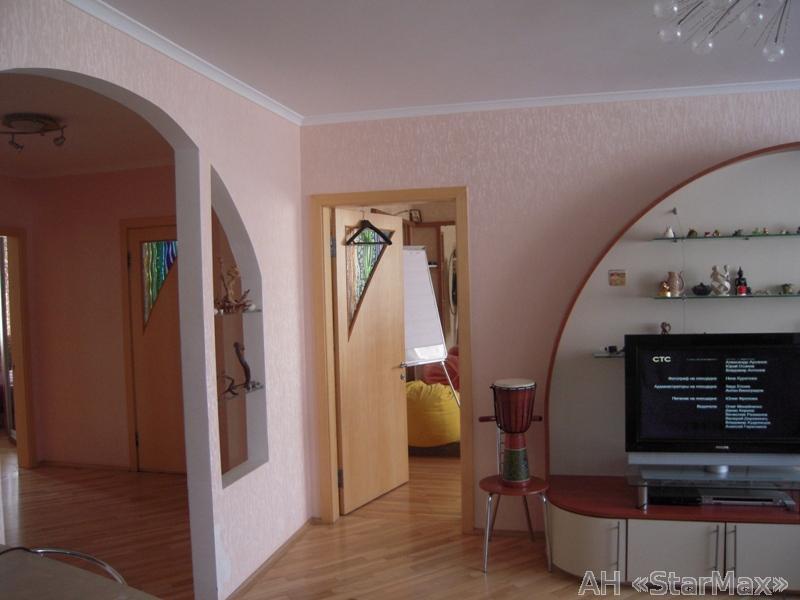 Продам квартиру Киев, Княжий Затон ул. 5