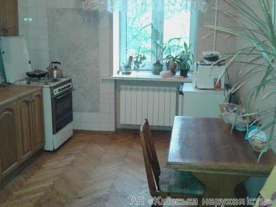 Фото 3 - Продам квартиру Киев, Ризницкого ул.