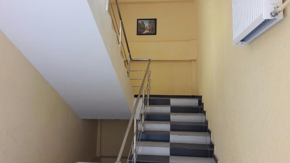 Продам квартиру Киев, Булгакова ул. 4