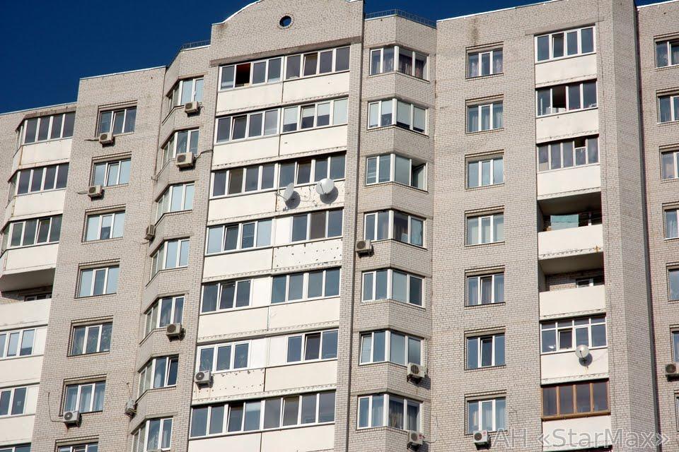 Продам квартиру Киев, Прилужная ул. 3