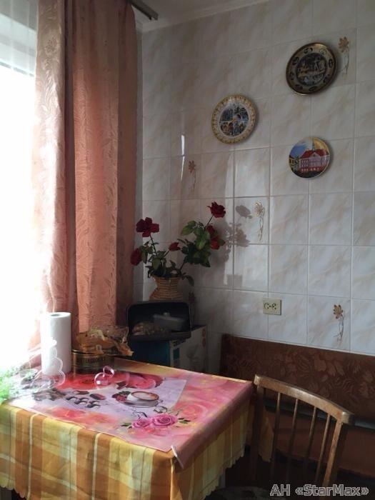 Продам квартиру Киев, Лятошинского ул. 5