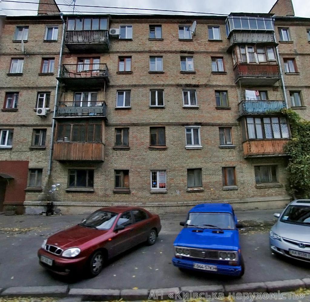 Продам квартиру Киев, Введенская ул. 2