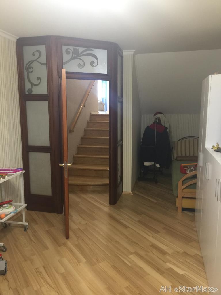 Продам квартиру Киев, Саперно-Слободская ул. 5