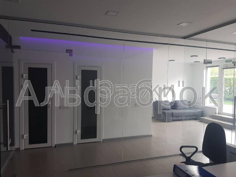 Продам офис в офисном центре Киев, Луценко Дмитрия ул.