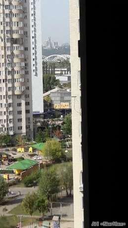 Продам квартиру Киев, Урловская ул. 4