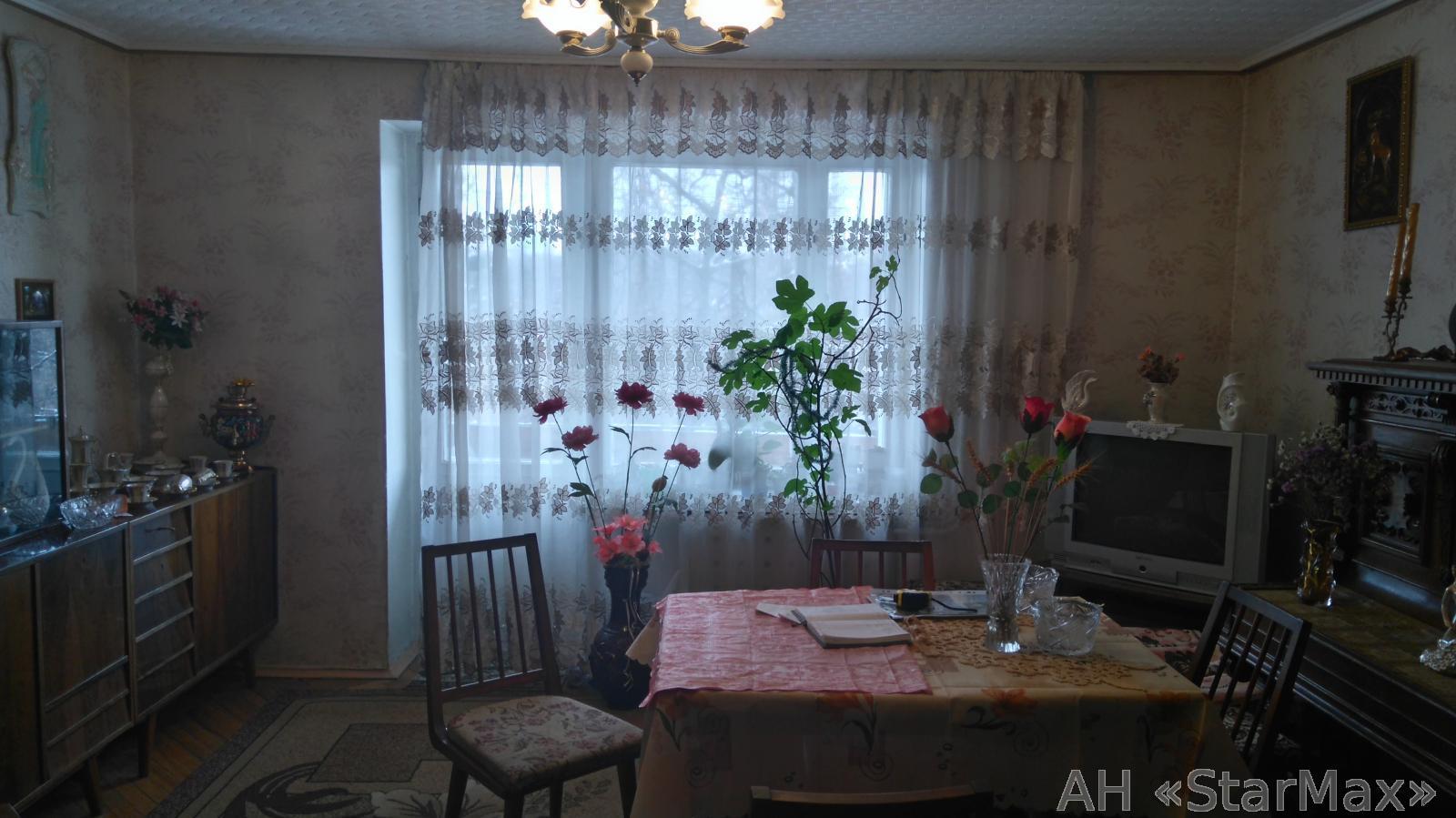 Продам квартиру Киев, Уссурийская ул. 2