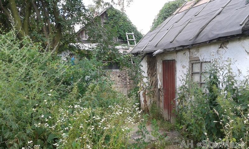 Продам участок под застройку частного дома Киев, Соловьиная ул. 5