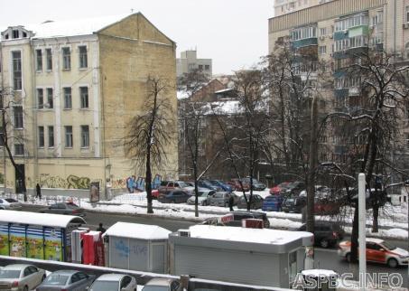 Продам нежилую недвижимость Киев, Сечевых Стрельцов ул. 4