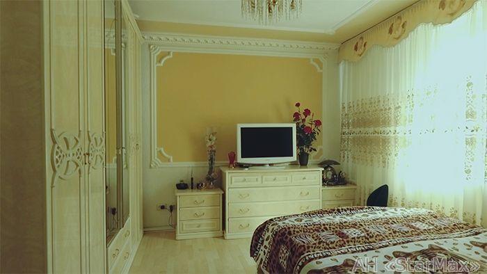 Продам дом Киев, Синеозерная ул. 4