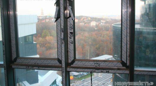 Фото 3 - Продам квартиру Киев, Струтинского Сергея ул.