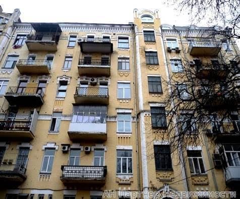 Продам квартиру Киев, Музейный пер.
