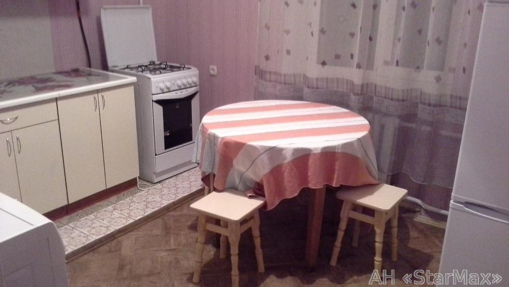 Продам квартиру Киев, Каменева Командарма ул. 4