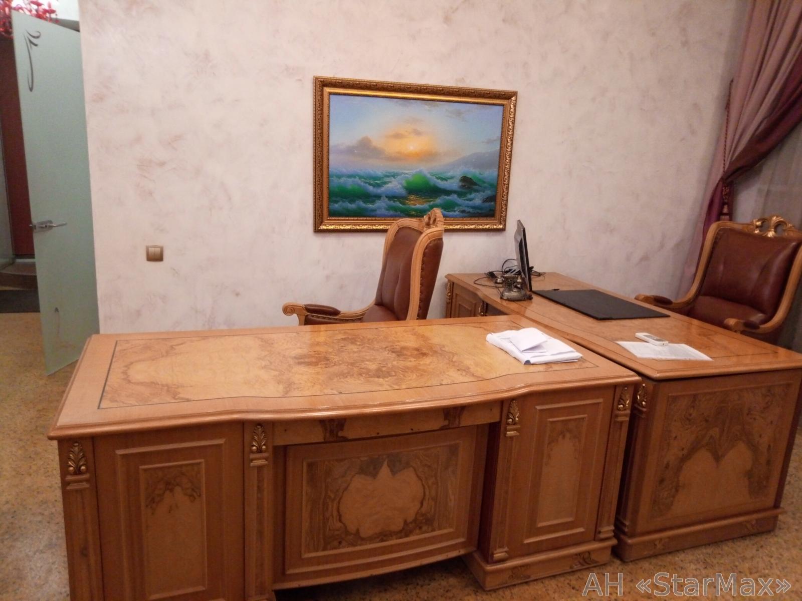 Продам офисное помещение Киев, Кропивницкого ул. 4
