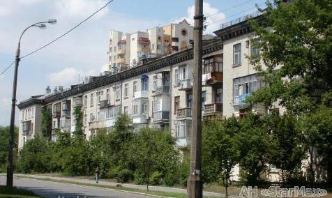 Продам квартиру Киев, Алма-Атинская ул. 3