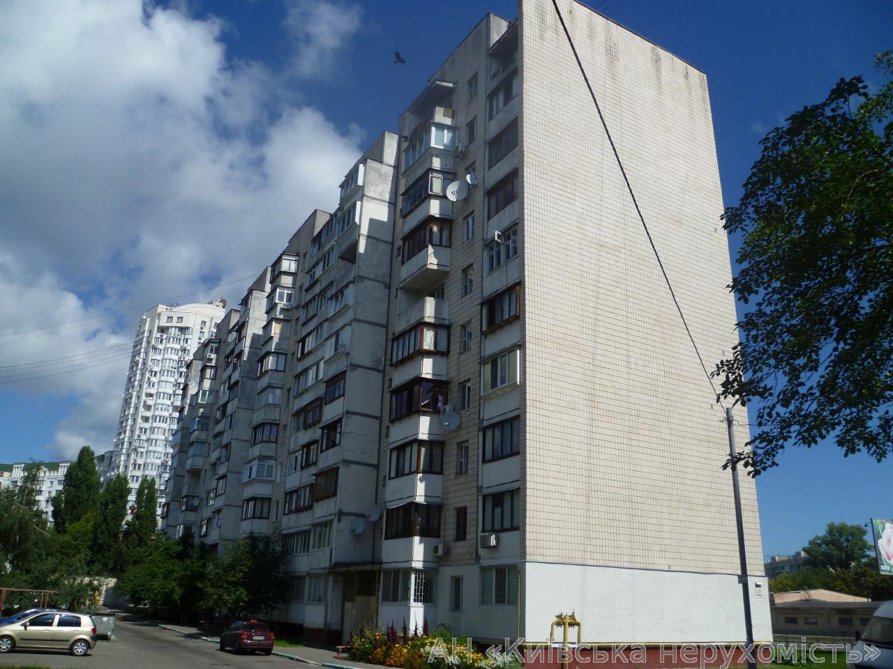 Фото 2 - Продам квартиру Киев, Автозаводская ул.