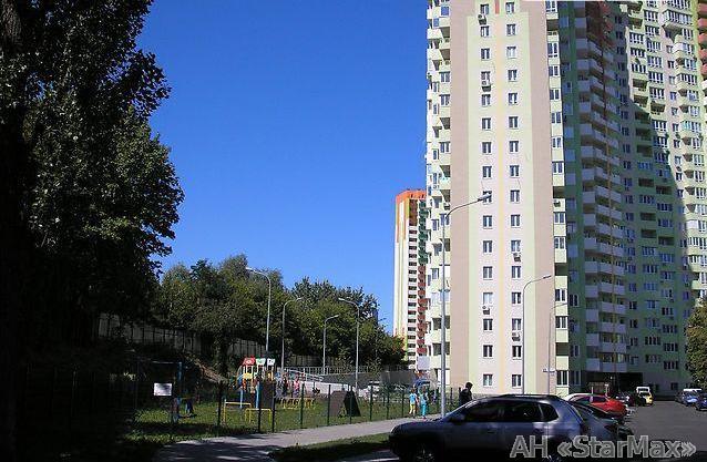Продам квартиру Киев, Донца Михаила ул.
