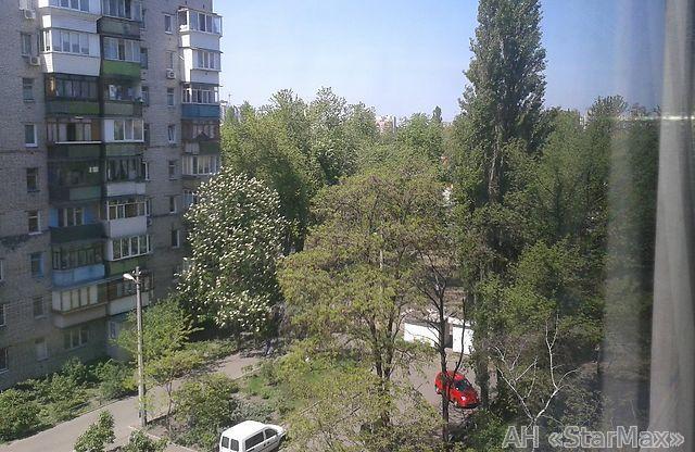Фото 5 - Продам квартиру Киев, Ялтинская ул.