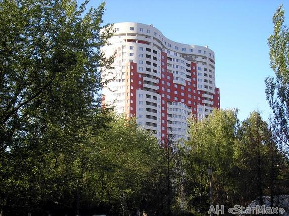 Продам квартиру Киев, Запорожца Петра ул.